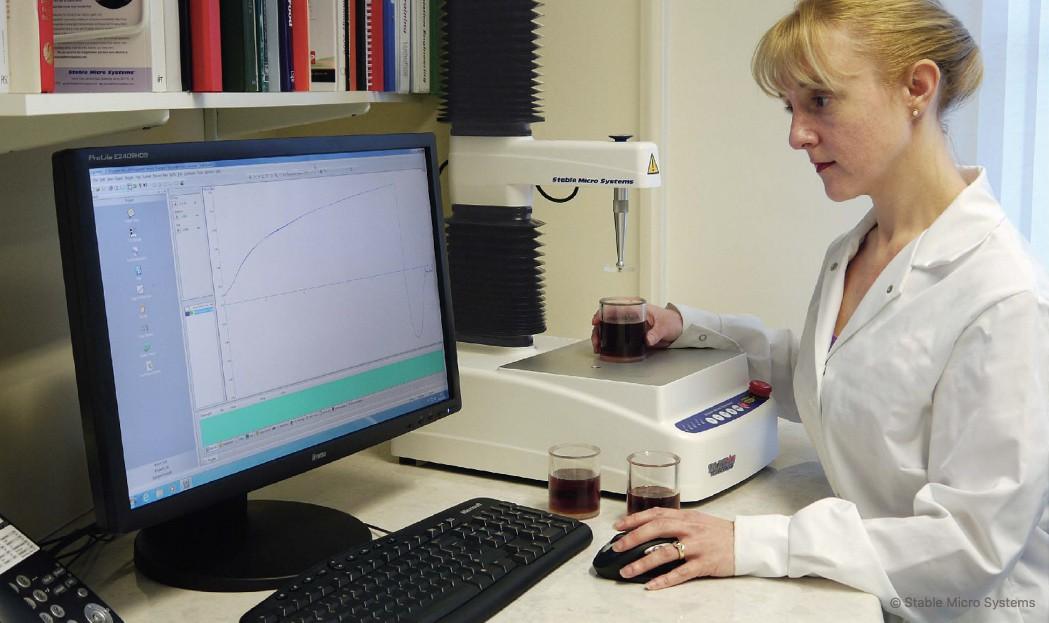 Stable Micro Systems desarrolla de forma interna su propio paquete de software preparado para analizar la textura de alimentos, productos farmaceuticos, cosméticos y adhesivos